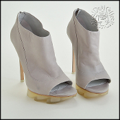 Size 39 Camilla Skovgaard Light Grey Open Toe Saw Sole Booties